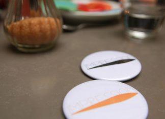 badge-pins-association-impression