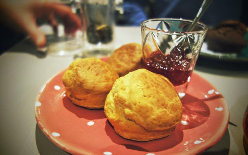 scones-confiture-salon-the-limoges