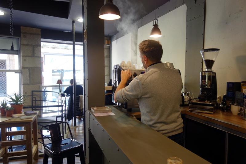 la-giraffe-cafe-didier-pouget-cocon