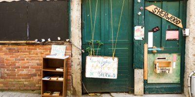 bibliotheque-libre-rue-boucherie-sherwood