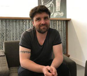 Photo de Sébastien Tharaud, directeur technique d'Iconosquare.