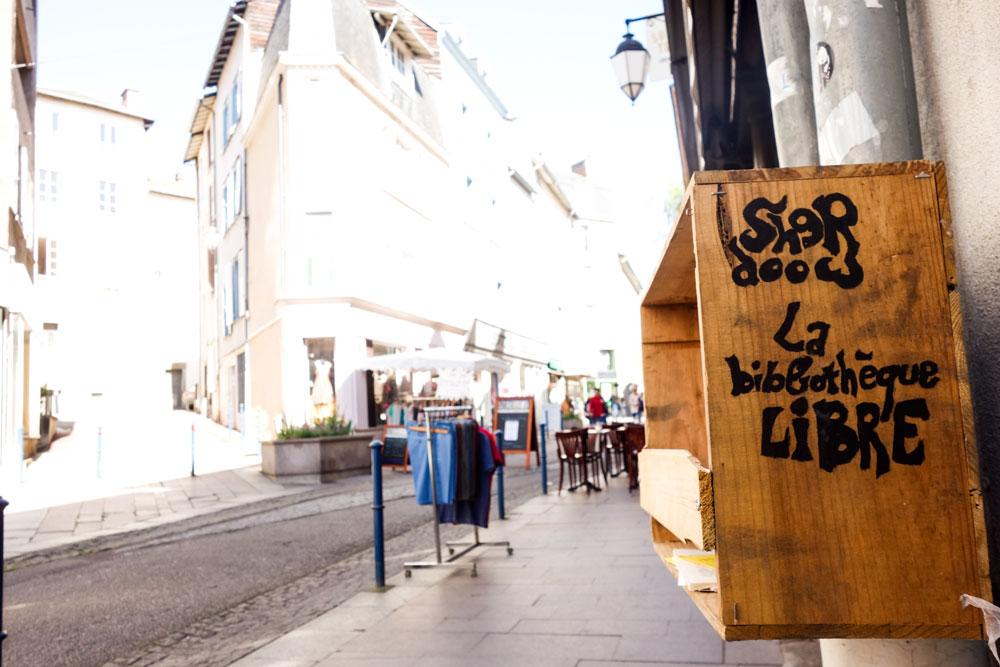 sherwood-bibliotheque-libre-adrien-dubouche