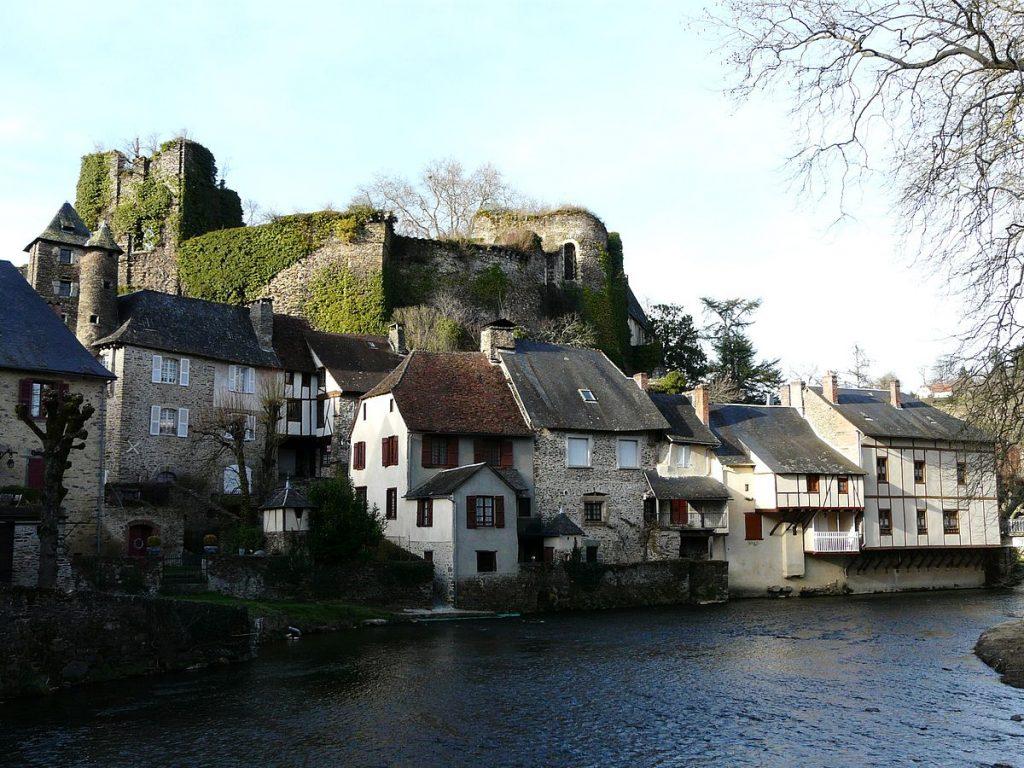 wikipedia-segur-le-chateau-lheb-limousin-power