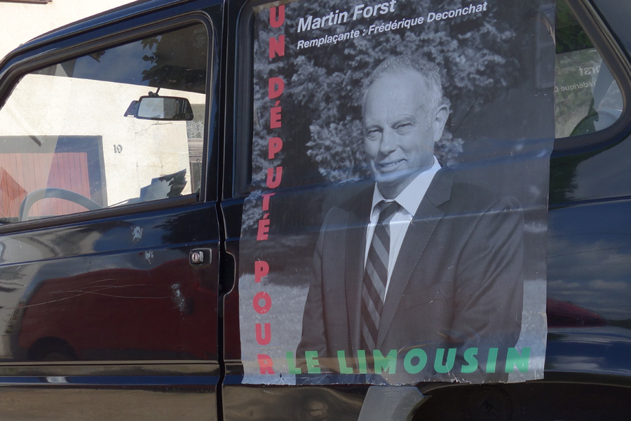 photo-zoom-affiche-electorale-legislative-martin-forst-candidat-limoges-lheb