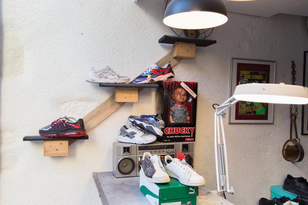 Amen Ta Sneaker Boutique Détail Mur