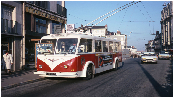 limoges-trolley-ancien-lheb-limoges-limoumou-bus