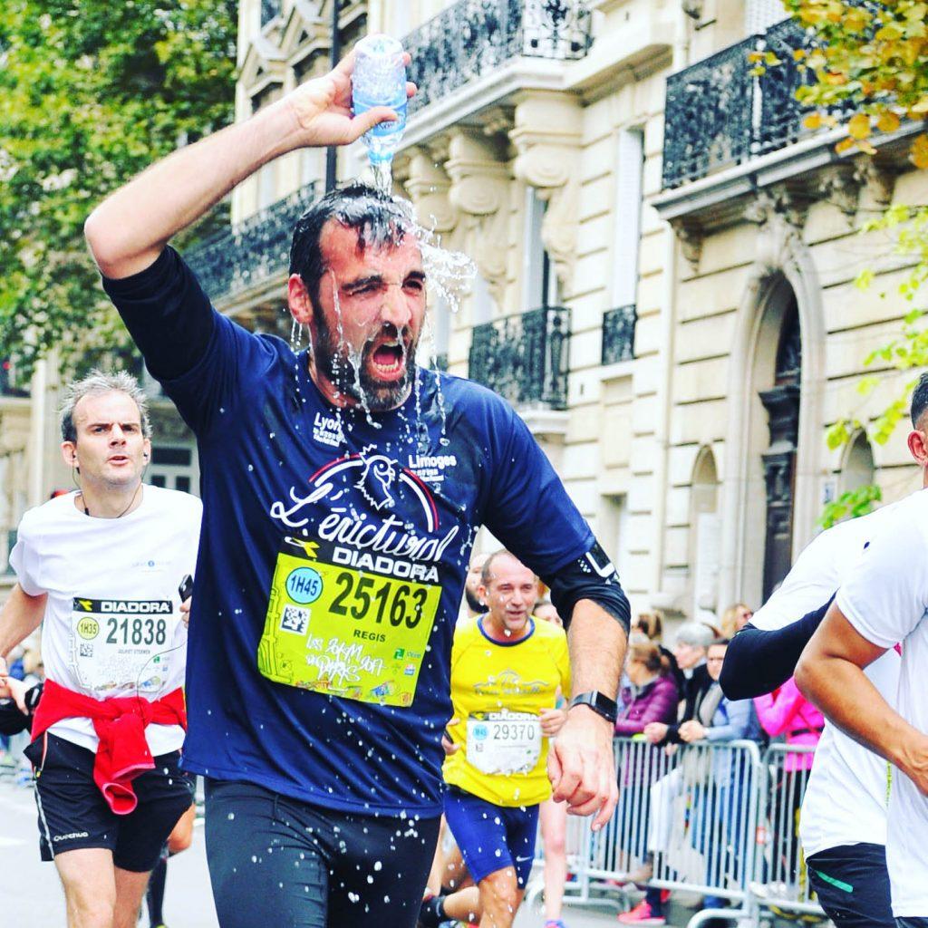 Régis Mazabraud au semi-marathon de Paris en 2017.