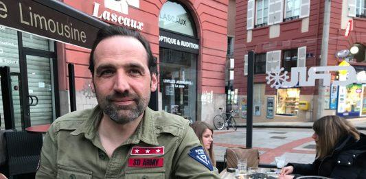 Portrait de Régis Mazabraud.