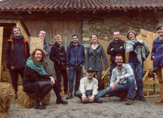 Photo de groupe des équipes de La Niche.