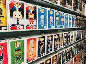 Geeky's possède un large choix de figurine Pop. Tous les univers vidéoludiques sont représentés.