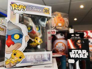Les figurines Pop sont les produits les plus vendus dans la boutique. Geeky's possède une large collection.