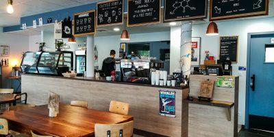 kennedys-cafe-limoges-12