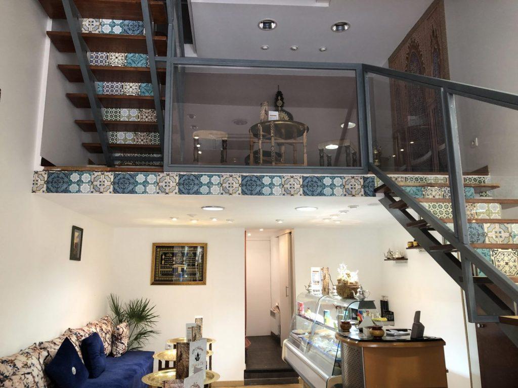 Intérieur du salon de thé O'Maroc