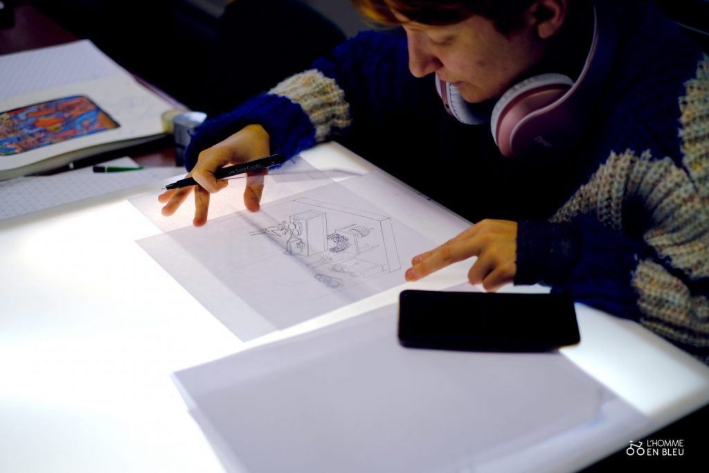 école crayon de bois table lumineuse