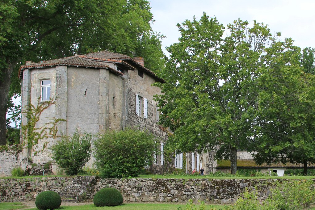chateau-fort-veyrac-haute-vienne-87