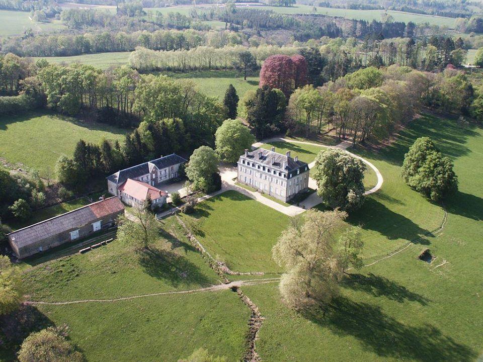 vue-chateau-de-salvanet-st-priest