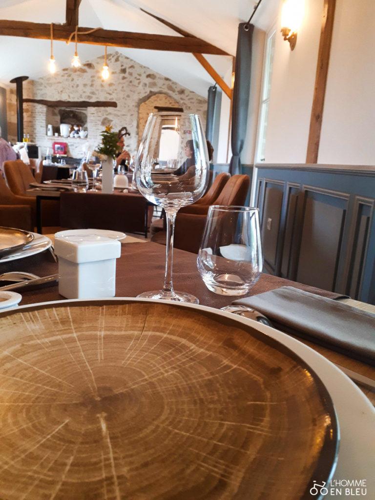 décoration intérieure du restaurant l'équilibre à Oradour sur glane